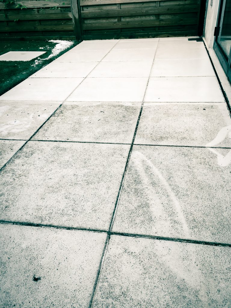 Pressure washing Service for terrace in London